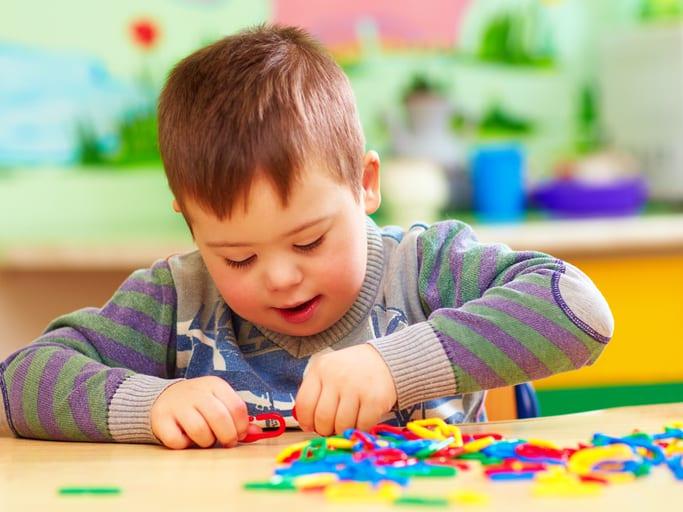 Ранние признаки аутизма: развитие, причины возникновения, методы коррекции