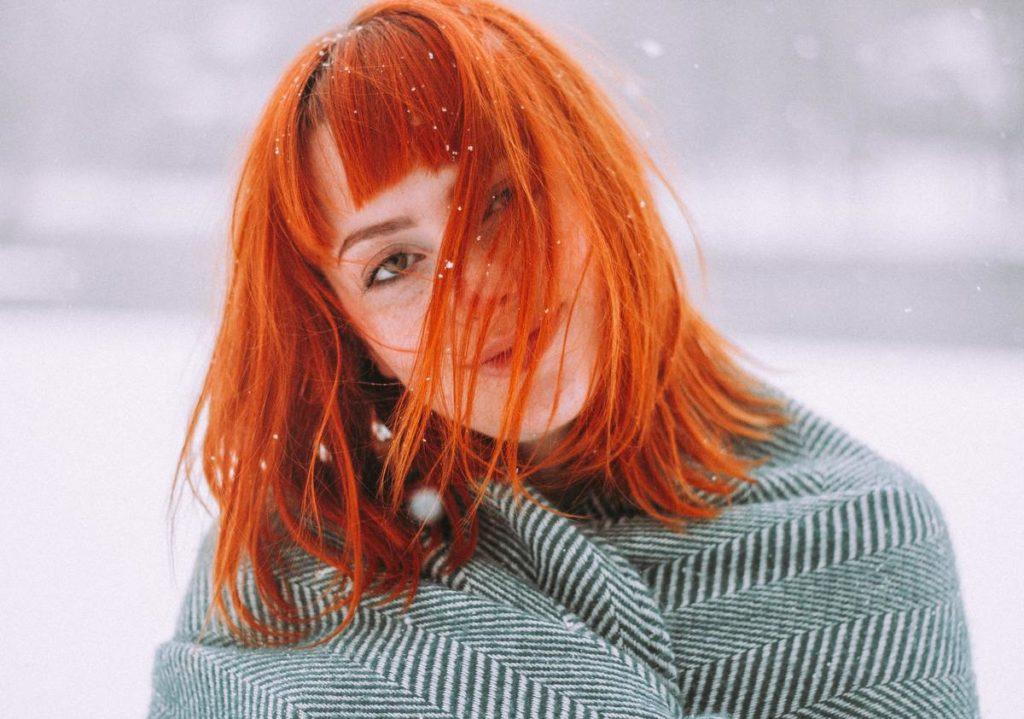 Как смыть краску с волос до натурального цвета в домашних условиях